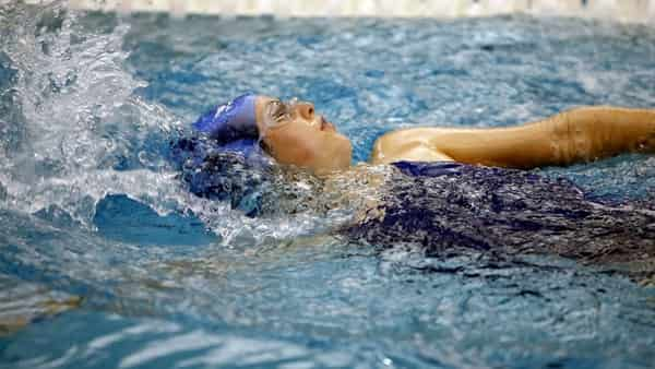 swimming classes for females